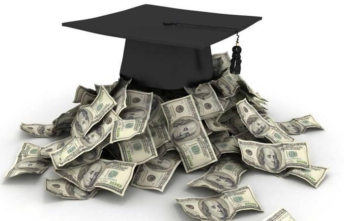 Учиться и учиться платить вовремя.