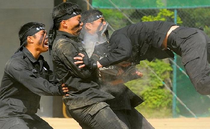 Южнокорейские солдаты.