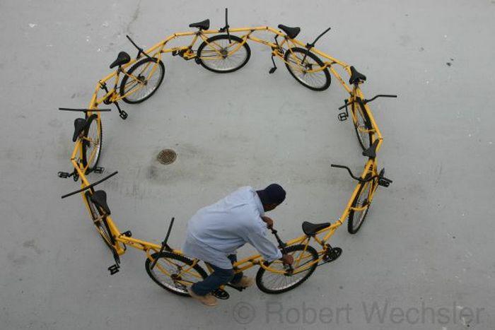 Велосипед-карусель.