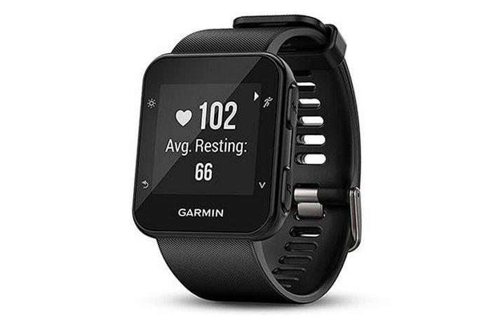 Фитнес-часы Garmin Forerunner 35.