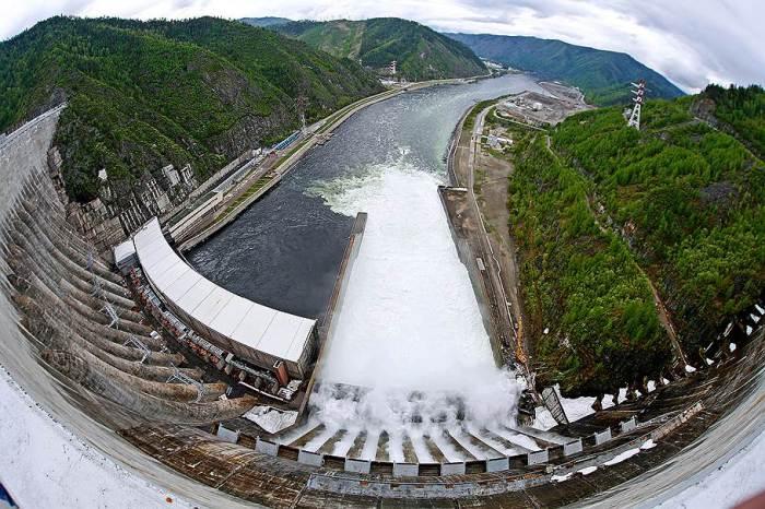 Саяно-Шушенская ГЭС - шестая по величине в мире.