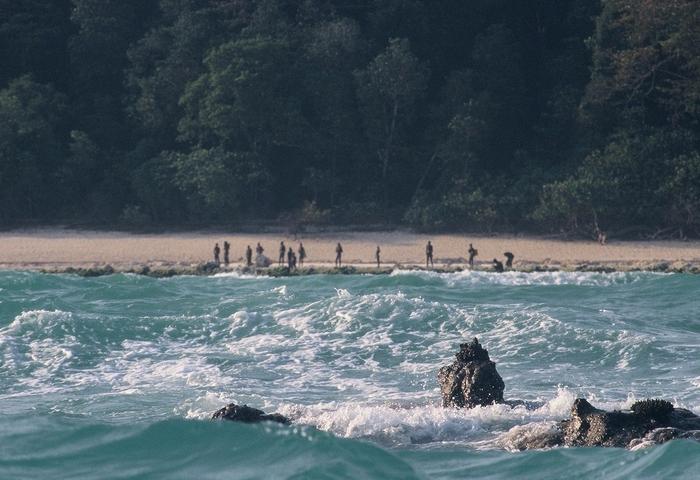 Опасное место: Северный Сентинельский остров.