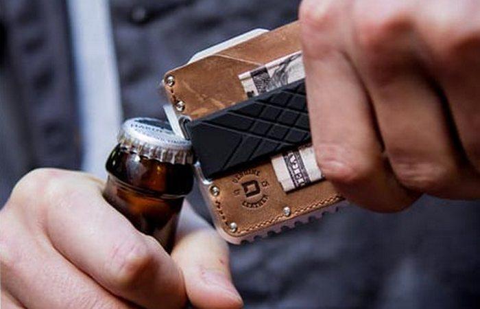 Мультитул Dango Tactical Wallet.