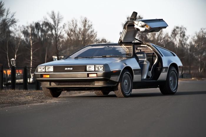 Если у машины садился аккумулятор, то водитель оказывался в ловушке собственных дверей. |Фото: автогурман.com.