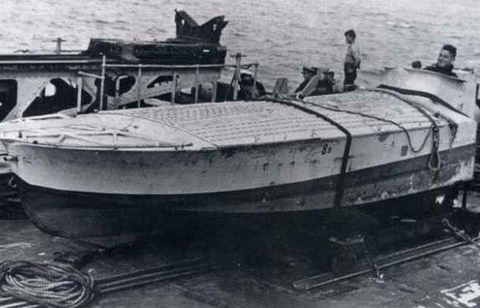 Бредовое оружие: корабль-смертник.
