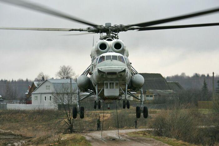 Вертолет для монтажных работ. |Фото: fb.ru.