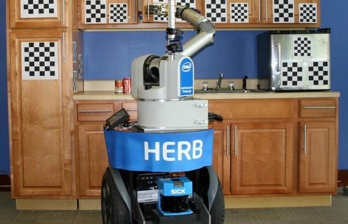 Домашние роботы - лучшие помощники по хозяйству.