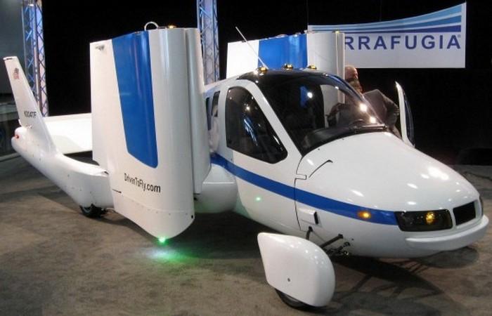 Летающий автомобиль - машина из будущего.