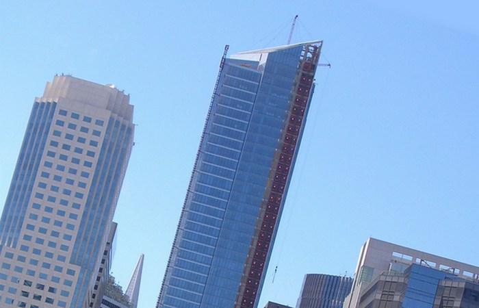 Millennium Tower уходит под землю.