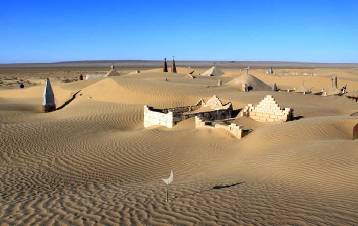 Его поглотит пустыня. |Фото: mygeos.com.