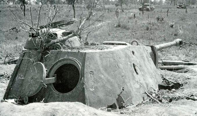 Это вовсе не закопанный танк. ¦Фото: fishki.net.