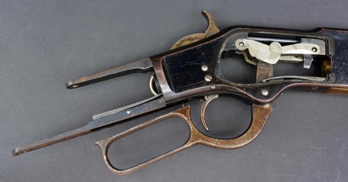 Рычажный механизм перезарядки. |Фото: arewinchesters.com.
