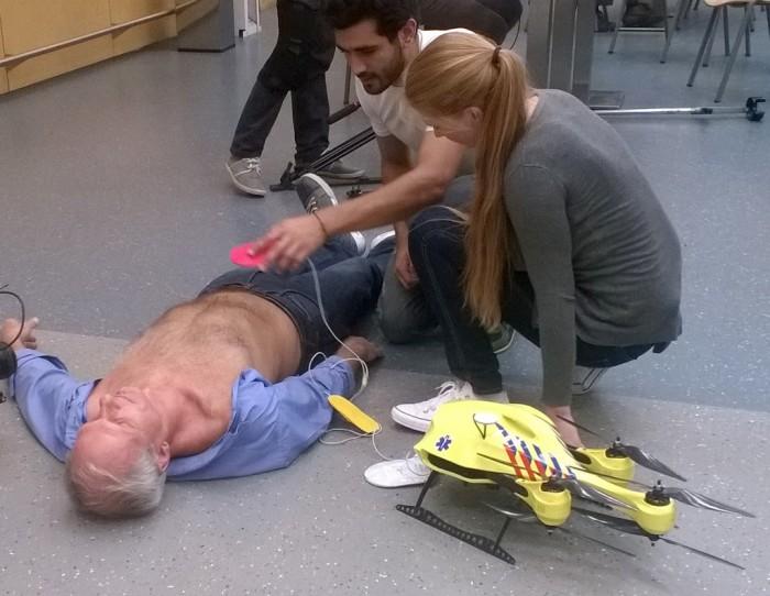 Дроны для оперативного спасения сердечников.