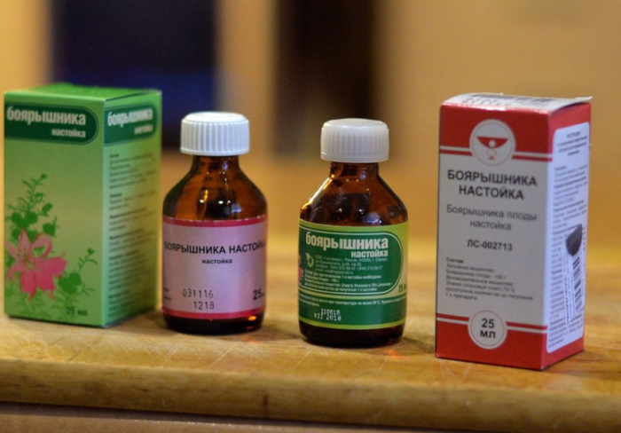 В первую очередь это лекарства. |Фото: lekarstva.plus.