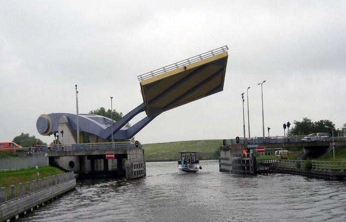 Slauerhoffbrug. Голландия.