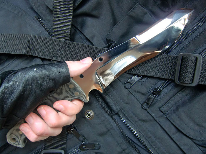 Для чего на лезвии ножа имеется выемка у самой рукоятки