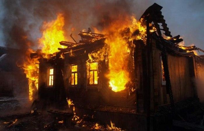 Пожары дома случаются реже, чем в коммерческих и общественных зданиях