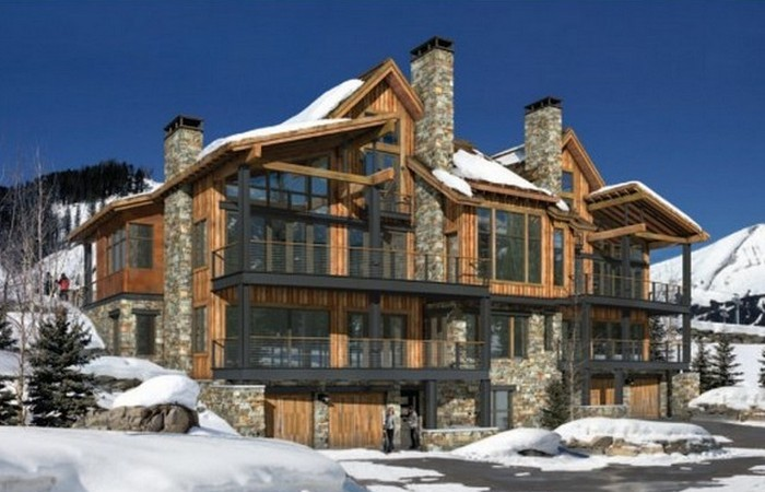 Гольф и горнолыжный курорт.