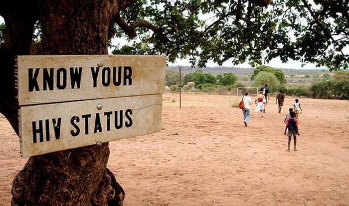 Образование влияет на количество инфицированных ВИЧ.