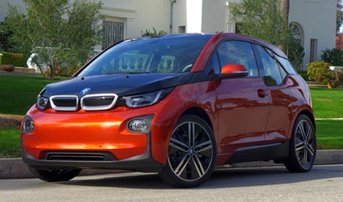 Электромобиль BMW i3.