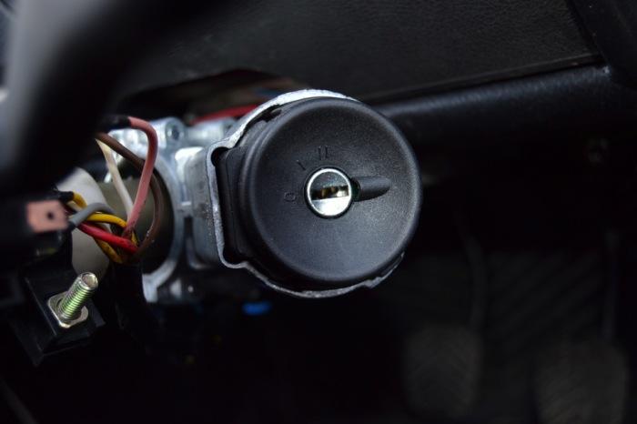 Постепенно механические устройства выходят из моды. |Фото: drive2.com.