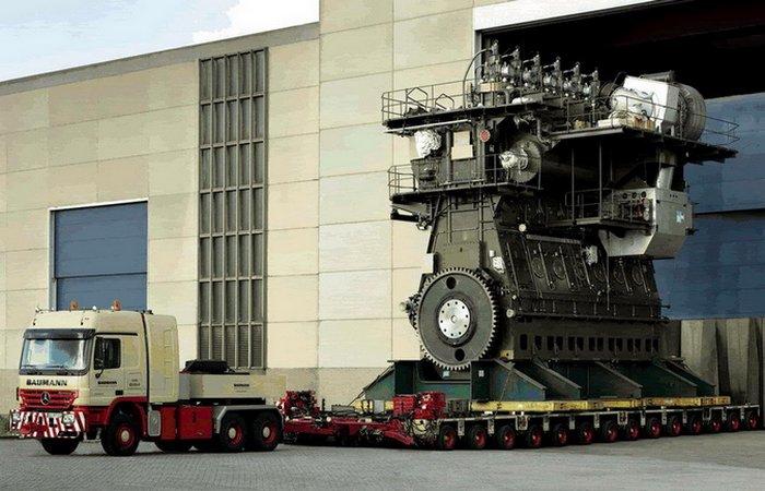 Двигатель 300 RT-flex96C.