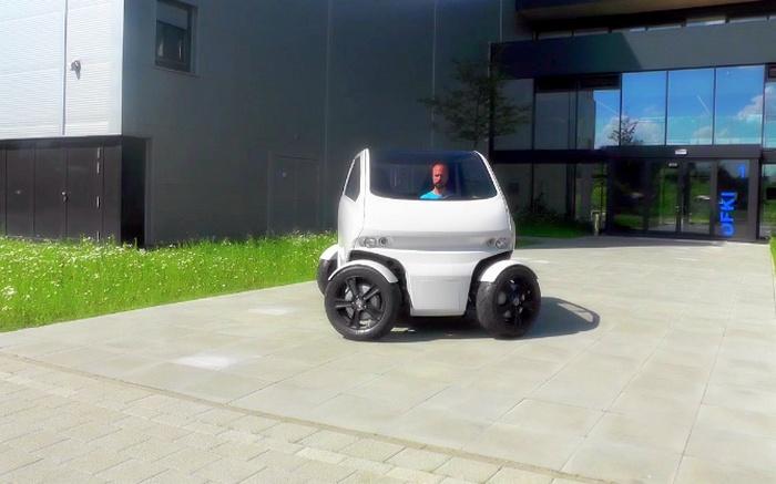 EOscc2 - автомобиль, умеющий двигаться боком.