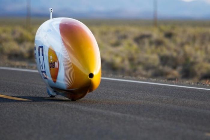 Суперскоростной велосипед-кокон от AeroVelo.