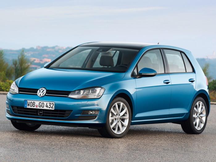 Интересно, почему снова Volkswagen Golf.