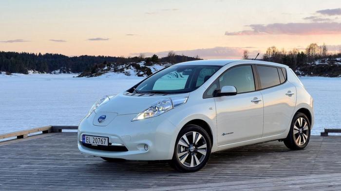 Японский Nissan Leaf на далеком севере.
