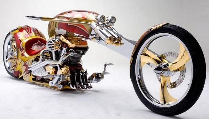 Байк Gold Plated Custom Chopper.