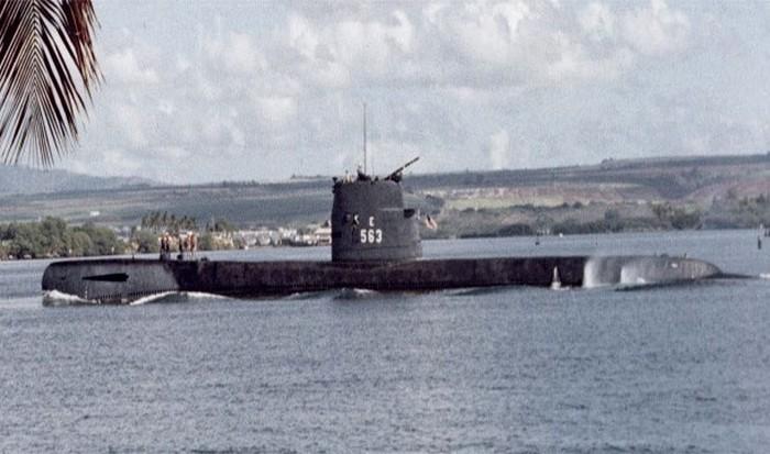 Подводная лодка Тенг.