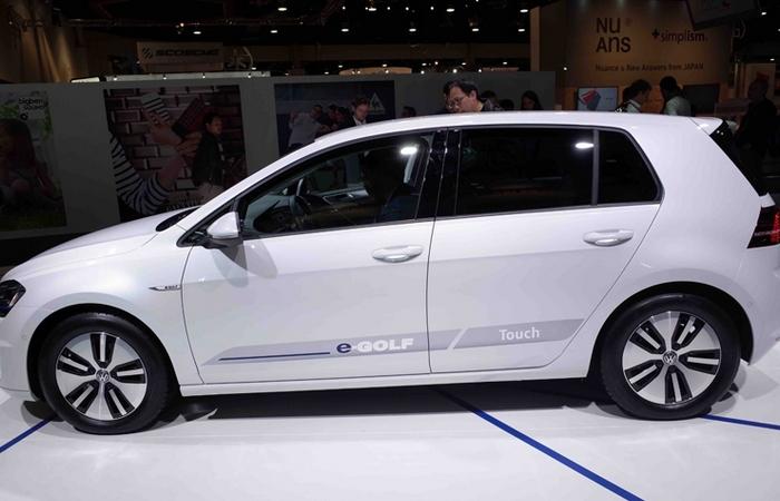 Volkswagen e-Golf Touch.