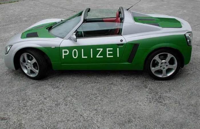Opel Speedster.