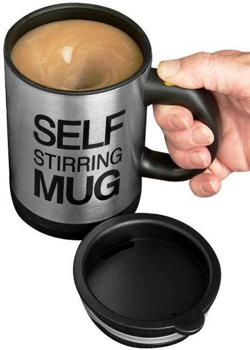 Кружка, которая сама умеет перемешивать кофе.