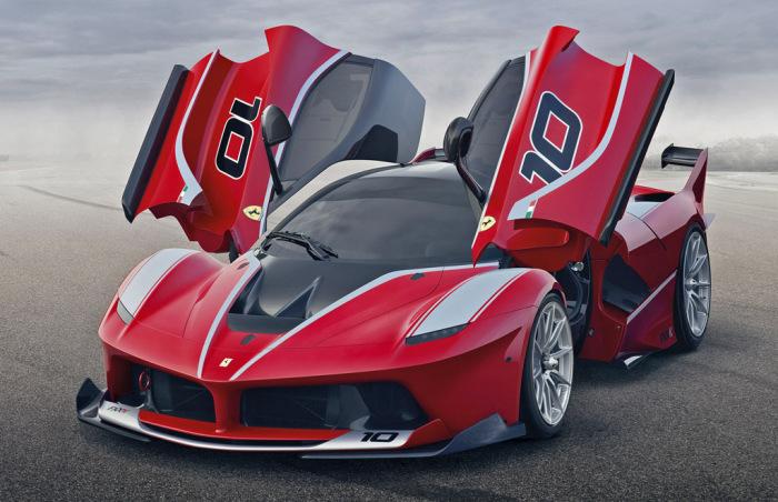 Ferrari FXX K - новый суперкар итальянского бренда.