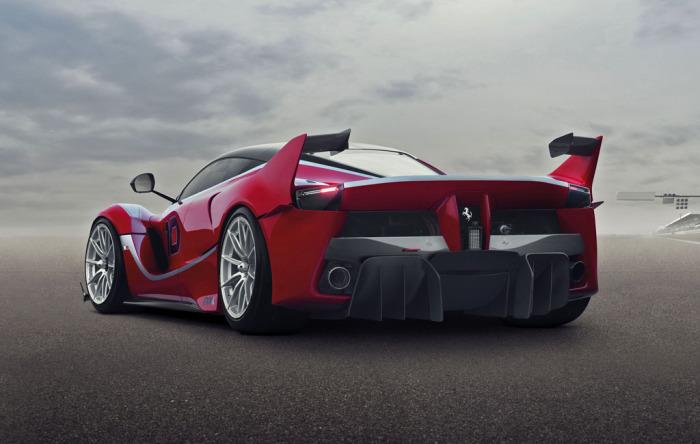 Ferrari FXX K - болид для кольцевых треков.