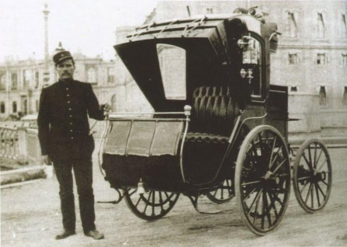 Первый русский электромобиль. 1899 год.