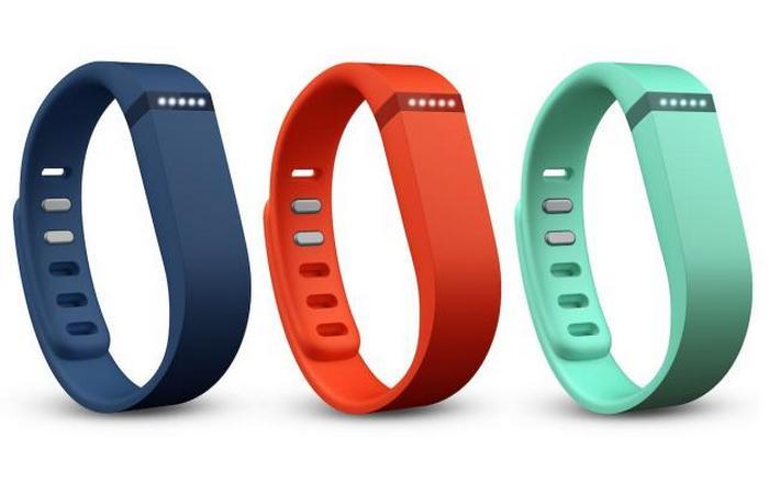 Фитнес-трекер: Fitbit Flex.