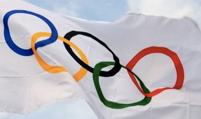 Флаг Олимпийских игр.