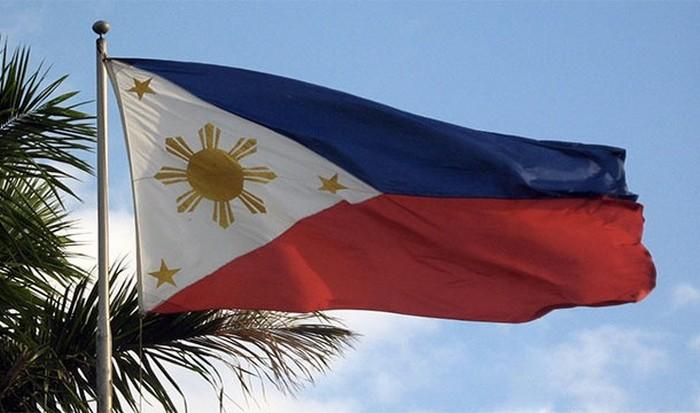 Флаг Филиппин.