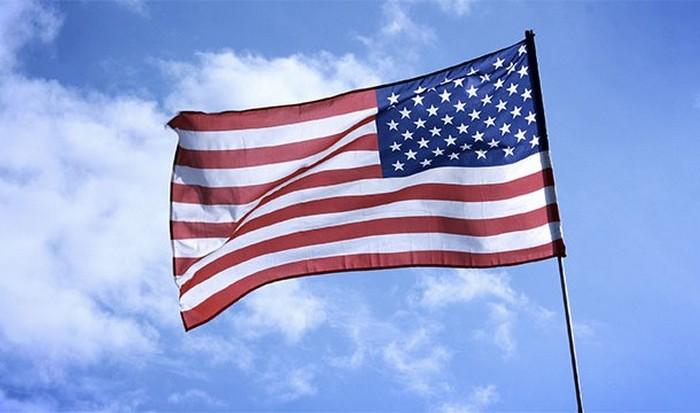 Современный флаг США.