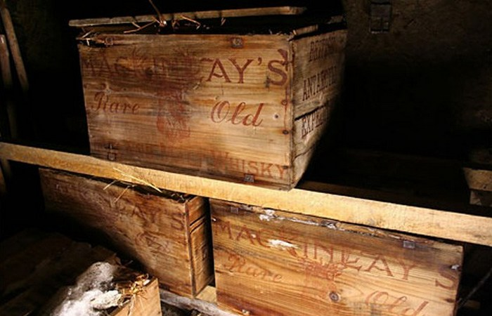 Ящики алкоголя.