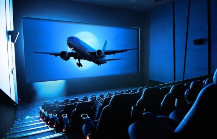 Мифы о самолетах, которые появились благодаря кино.
