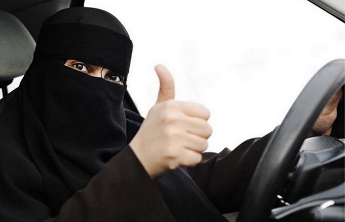 Хиджаб обзору не помеха.