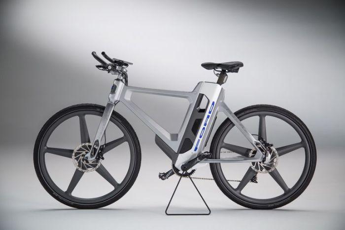 Складной велосипед о компании Ford.
