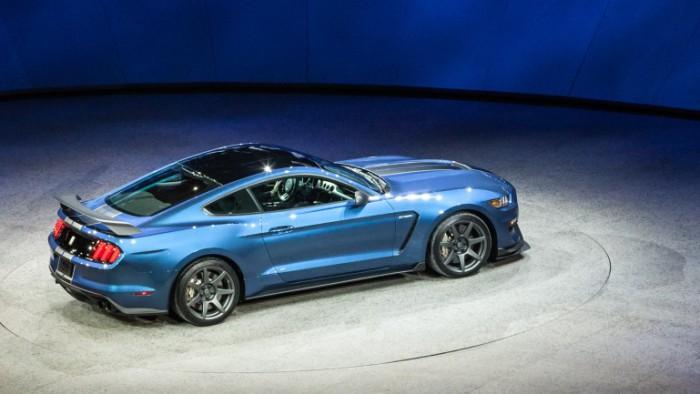 Shelby GT350R Mustang с  улучшенной аэродинамикой.