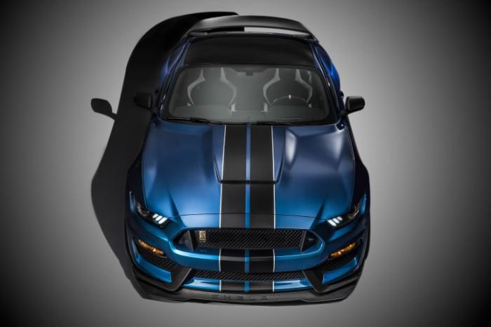 Shelby GT350R Mustang: 500 лошадок под капотом.
