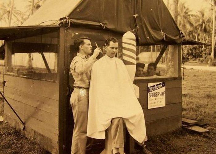 Военно-полевая парикмахерская.