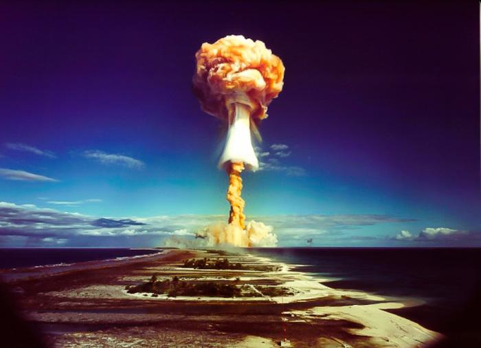 Атомная бомба.
